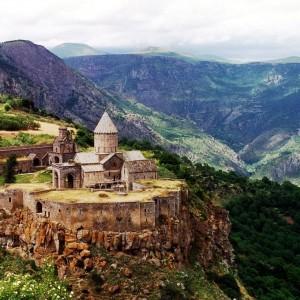 1024px-Tatev_Monastery,_Armenia