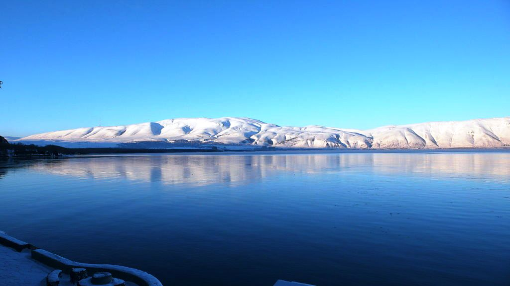 1024px-Sevan_lake_winter