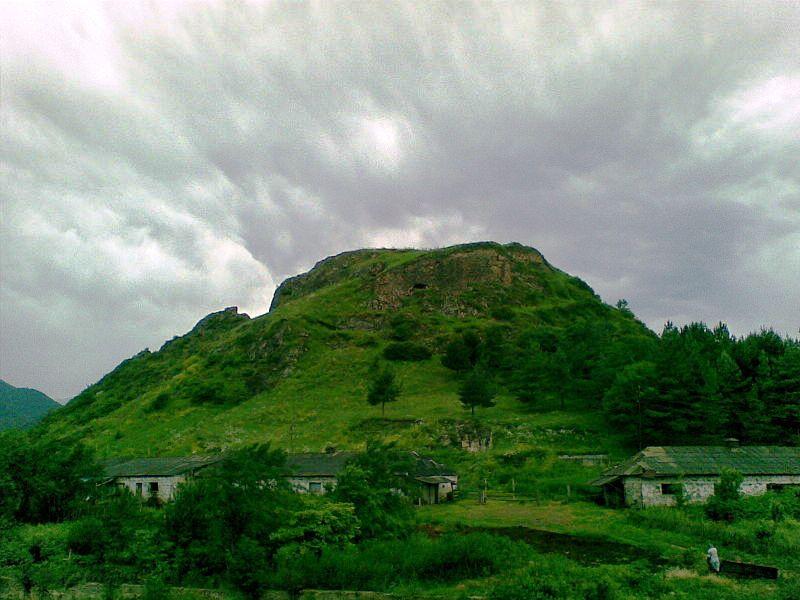800px-Tavush_fortress