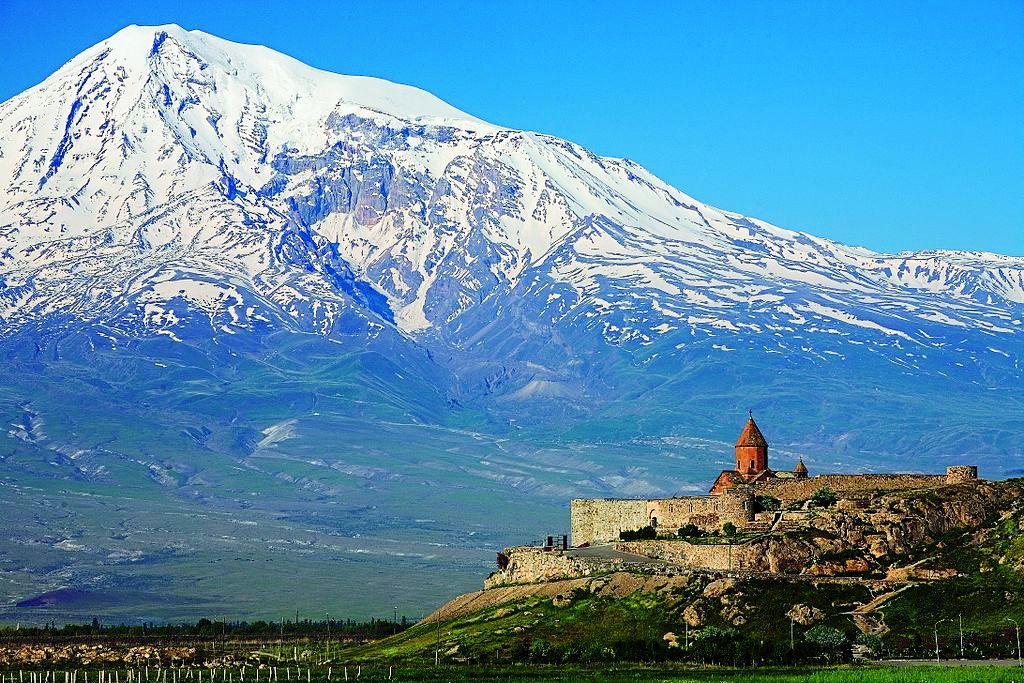 1024px-Khor_Virap_Monastery4