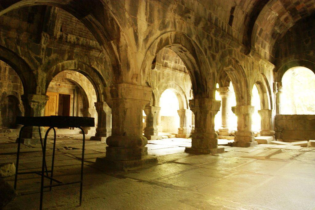 1024px-Sanahin_monastery
