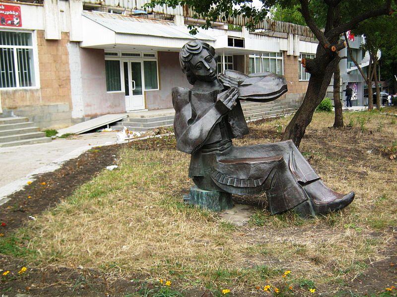 800px-Artsakh_square_in_Vanadzor_01