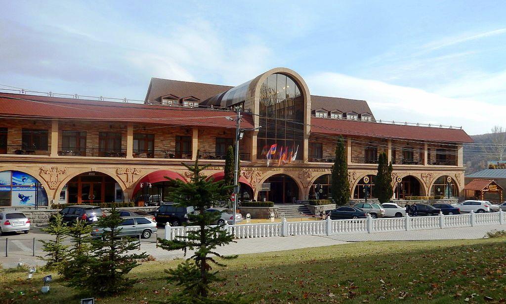 Kecharis_hotel_Tsakhkadzor