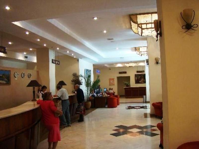 be-ani-plaza-hotel